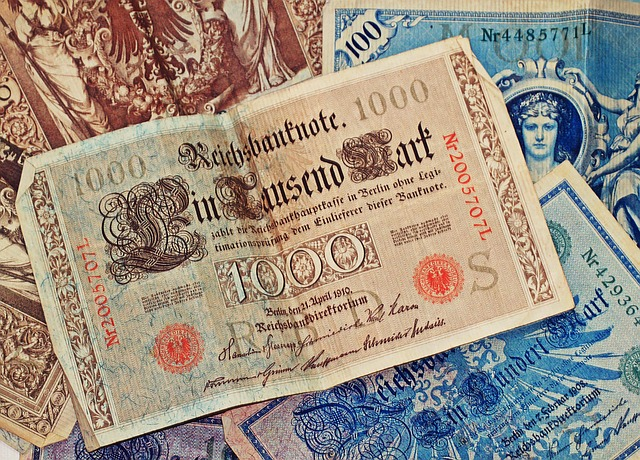 bank-note-1276956_640
