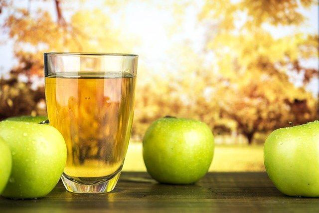 jablečný mošt